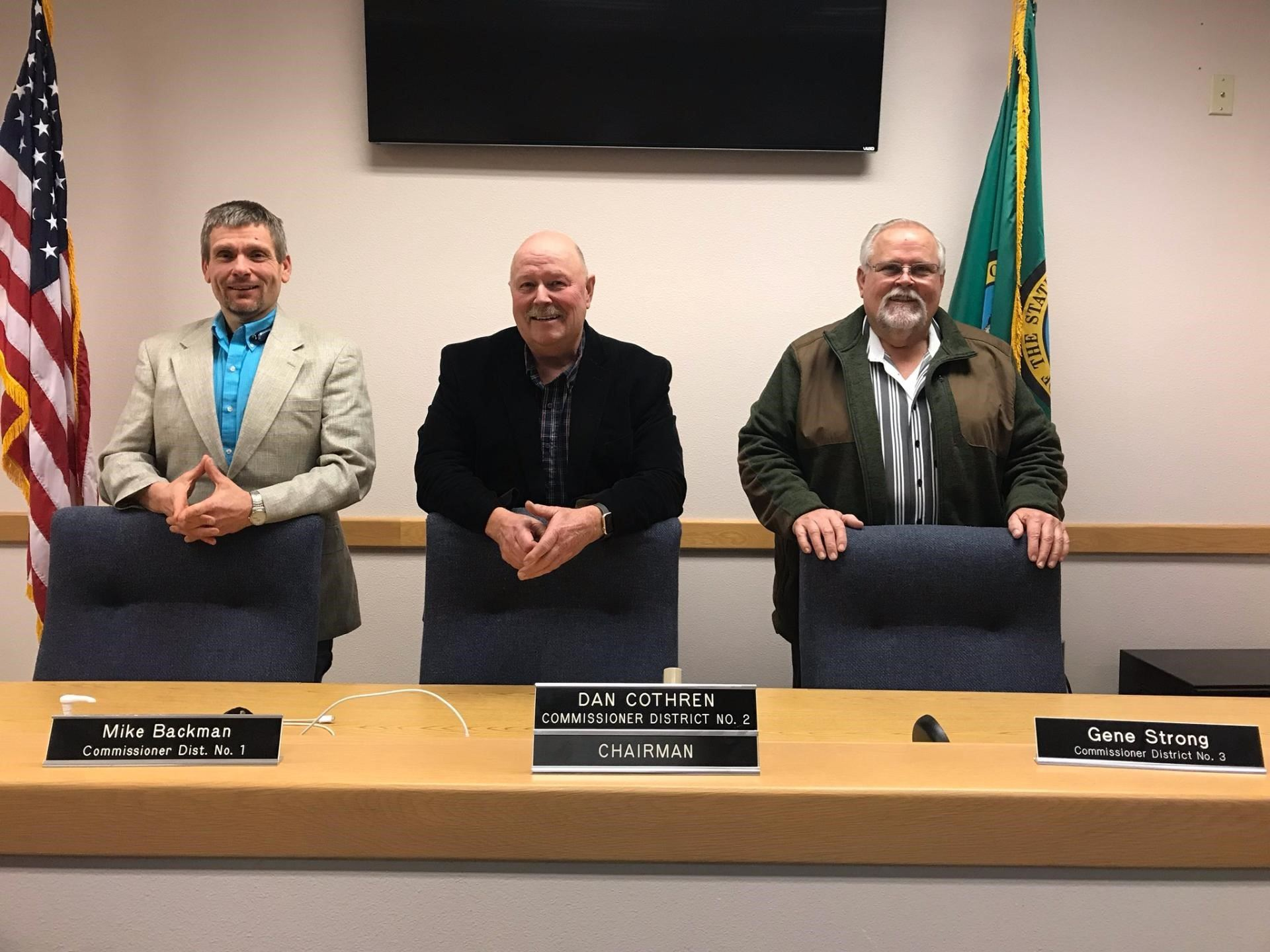 Board of Wahkiakum County Commissioners